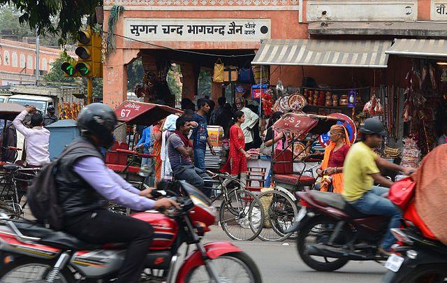 Street scene in Jaipur 2.jpg
