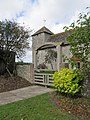 Tapsel gate at Botolphs church, West Sussex.jpg