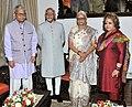 The Vice President, Shri Mohd. Hamid Ansari and Smt. Salma Ansari meeting the Governor of Goa, Smt. Mridula Sinha, in Goa on September 22, 2014.jpg