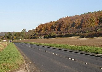 A4010 road - Image: The open road between West Wycombe and Aylesbury geograph.org.uk 1023583