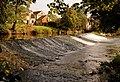 The weir in autumn - geograph.org.uk - 582481.jpg