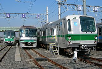 Tokyo Metro Chiyoda Line - A lineup of Chiyoda Line rolling stock: 16000 series, 06 series, 6000 series