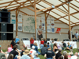 Tolpuddle Martyrs' Festival - Billy Bragg performing in 2004