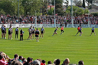 Moorabbin Oval - An estimated crowd of 10,000 packed into Moorabbin Oval to watch St Kilda Football Club train prior to the 2009 AFL Grand Final