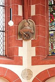 Treis, ehem. Pfarrkirche - Engelskonsole Dornenkrone (2020-09-20 Sp).jpg