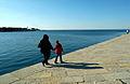 Trieste Molo Audace promenade 09022008 01.jpg