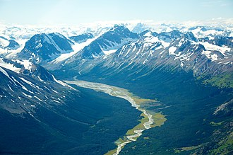 Ts'il?os Provincial Park - A glaciated valley, to the southeast of Chilko Lake, in Tsyʔlos Provincial Park