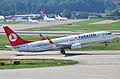 Turkish Airlines Boeing 737-800; TC-JGR@ZRH;20.08.2009 551ce (4328224405).jpg