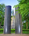 Twin Granite Pillars in Hoch-Elten - panoramio.jpg