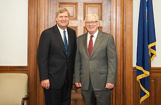 Andrew Robb - Robb (right) meets with U.S. Secretary of Agriculture Tom Vilsack in Washington in 2013.