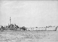 USS LST-471 1944.jpg