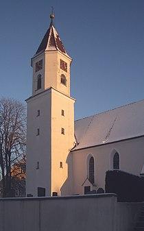 Unterwaldhausen Kirche Turm.jpg
