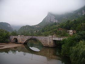 Ustipraca Railway Bridge.jpg