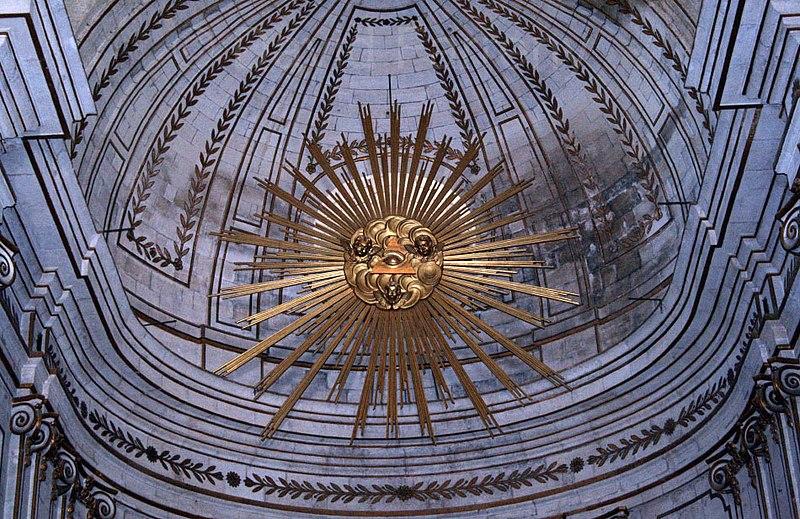 Fichier:Uzès (France), église Saint-Étienne, détail de l'abside.jpg