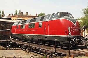 DB Class V 200 - A sideways view.