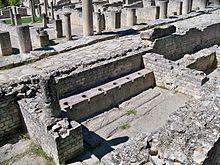 latrines wikipedia With le plan d une maison 9 krak des chevaliers syrie les chateaux forts