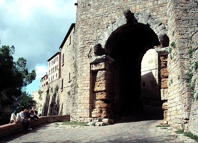 Volterra Porta All' Arco