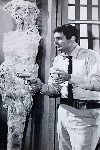 "Voyage to the Bottom of the Sea (TV series) - David Hedison as Lee Crane in the episode ""Time Lock"", 1967"