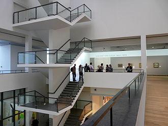 Gerrit Rietveld - Image: WLANL jankie Trappenhuis Van Gogh Museum vanaf de 1e verdieping