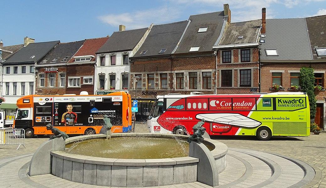 Reportage réalisé le vendredi 7 août à l'occasion de l'arrivée de la troisième étape du Tour de la province de Namur 2015 à Walcourt, Belgique.