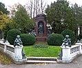 Wiener Zentralfriedhof - Gruppe 32B - Karl Meissl.jpg