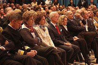 Publikum (von lat. publicus �