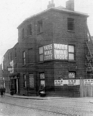 Yates's - Yates Wine Lodge, High Street, in Oldham (1927)