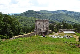 Zvolen - Deserted Castle - Enter gate.jpg