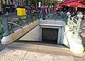 Édicule Guimard de la station Gare du Nord, 2 boulevard de Denain, 129 rue La Fayette, 75010 Paris.JPG