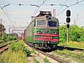 ВЛ10У-720, Russia, Moscow region, Shcherbinka station (Trainpix 202368).jpg