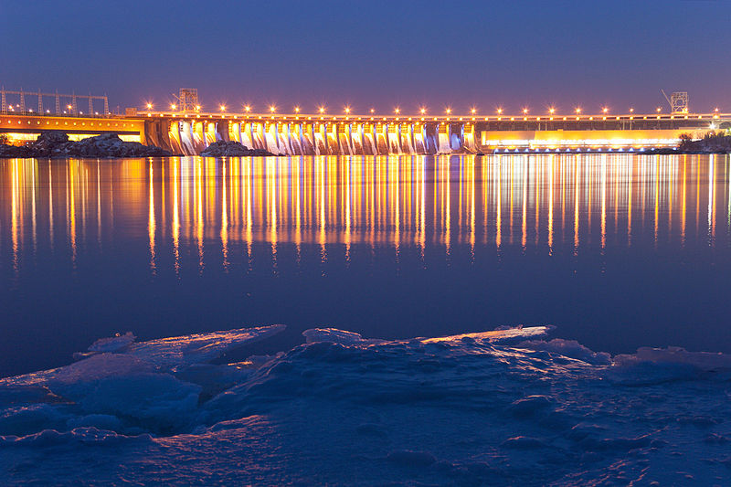 Дніпрогес (гребля і силова станція), Запоріжжя. Автор фото — Олексій Толмачов, ліцензія CC-BY-SA-4.0