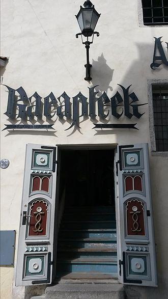 Raeapteek - Entrance of Raeapteek
