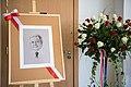 002 President of Poland Lech Kaczyński roses.jpg