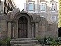 07 Pessebre romànic, al fons la Generalitat.jpg