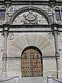 103 Casa de las Torres, portada i escut dels Dávalos.jpg
