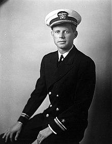Kennedy in uniforme