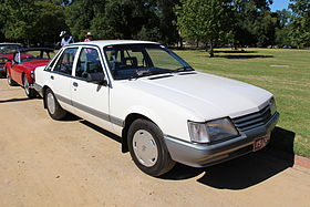1984-86 VK Commodore Sedan==.JPG
