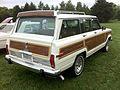 1986 Jeep Grand Wagoneer white-b Mason-Dixon Dragway 2014.jpg