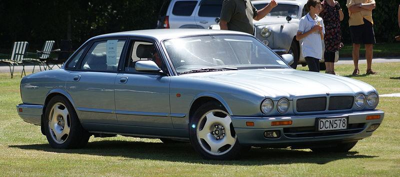 File:1996 Jaguar XJ6 - Flickr - 111 Emergency (1).jpg - Wikimedia Commons