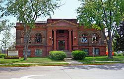 2009-0617-Superior-CarnegieLibrary1