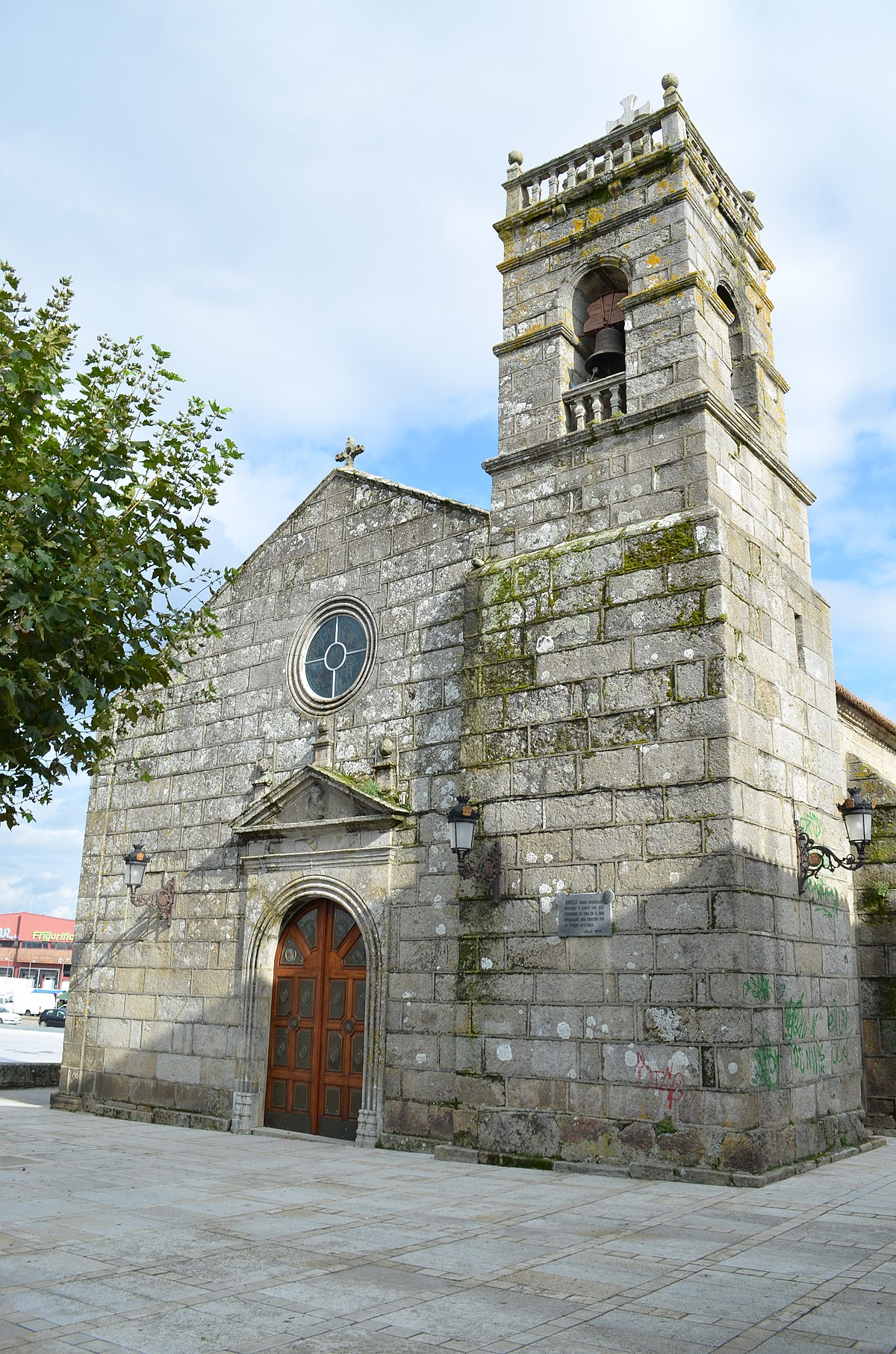 Iglesia De San Miguel De Bouzas Wikipedia La