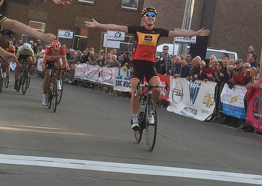 2015 Omloop van het Hageland, final sprint Jolien D'Hoore (Wiggle Honda)