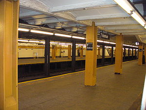 Seventh Avenue (IND Culver Line) - Image: 7 Ave F NYC Subway Station by David Shankbone