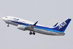 ANA B737-700(JA09AN) (4563685996).jpg
