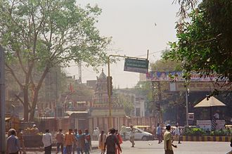 Avenue Road, Bangalore - A temple at the entrance of Avenue Road