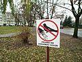 A ban on feeding pigeons, Poznan, Michalowska.JPG