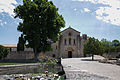 Abbaye de silvacane vue de loin.jpg