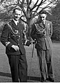 Adiutanci gen. Władysława Sikorskiego J. Ponikiewski i Cz. Główczyński NAC 18-434-2.jpg