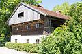 Adlkofen-Ried Haus Nr 3 - Bauernhaus-Stadel 2014.jpg