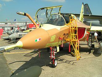 Alenia Aermacchi M-346 Master - M-346 prototype 002 at Le Bourget airshow, 2005